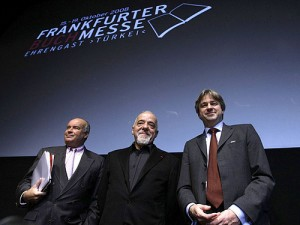 Paulo Coelho (in the middle) at the Frankfurt Book Fair